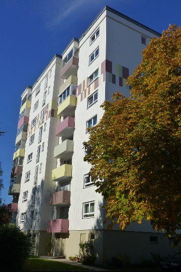 Hochhaus mit 32 Wohneinheiten